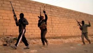 ISIL terrorists attack Shia shrine in Samarra