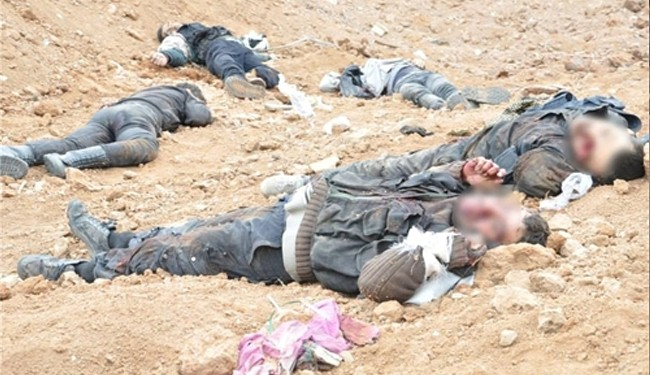 Photo of Iraqi tribesmen kill ISIL commander in Hawijah