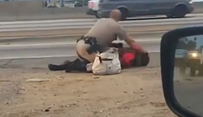 Photo of Police brutality in California highway