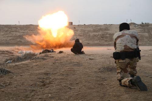 Photo of Qassam Mujaheds blows up many places in Dimona, Kiryat Ğad, Kiryat Melahi, Aver Nir and Sair Heniğif, with 15 rockets