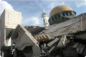Photo of Gaza mosques destroyed, civilians injured in Israeli air strikes