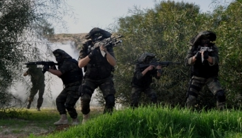 Photo of Qassam has just killed 4, injured 26 zionists from Golani Squads attepting to infiltrate Khan Yunis