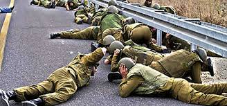 scared israeli soldiers