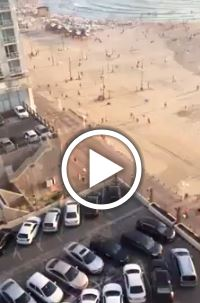 Photo of Footage shows zionists in Tel Aviv rush into shelters after siren