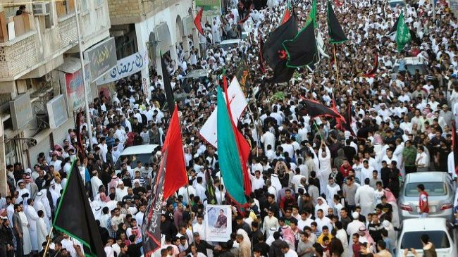 Photo of Bahrainis protest Saudi crackdown on Shias
