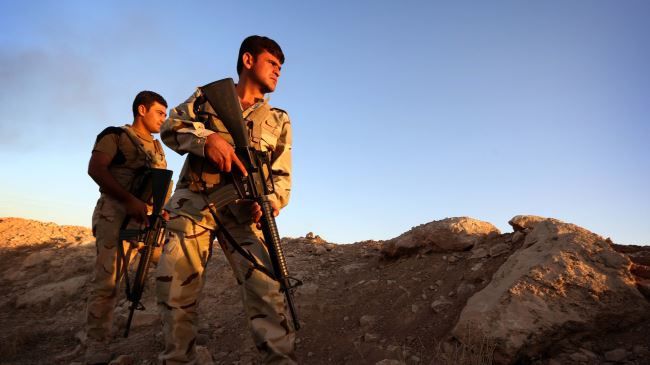 Photo of Kurdish fighters foil ISIL attacks