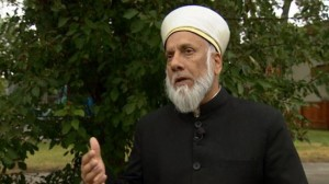 Photo of Cleric warns against ISIL recruitment in Canada