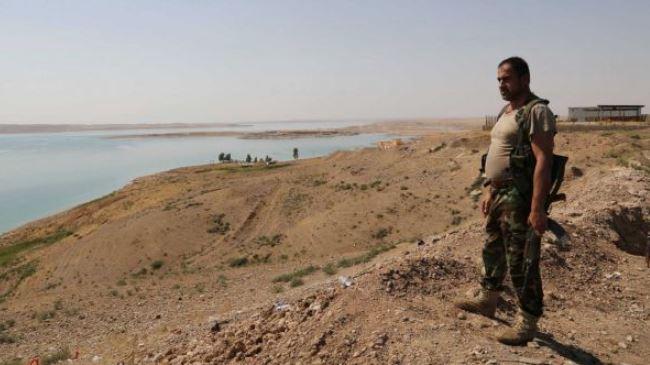 Photo of Iraqi forces, Kurdish Peshmerga secure area around Mosul dam