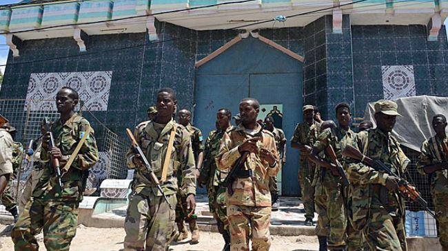377093_AU-troops