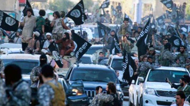 Takfiris execute 250 Syrian soldiers at airbase, reports say