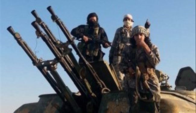 Photo of ISIL militants attack ex-partners in northern Syria