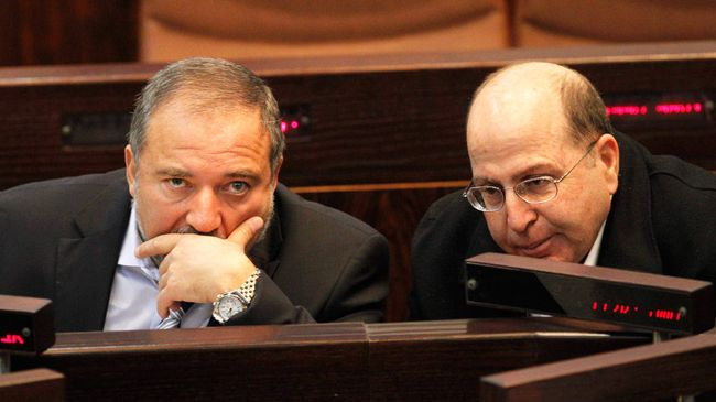 Photo of 'Israeli' Ministers Conflict Over Success of Gaza Operation: Ya'alon Touts Victory, Lieberman Skeptical