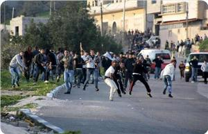 images_News_2014_08_22_clashes-0_300_0