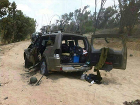 Photo of Qassam Mujaheds ambush israeli patrol jeep with soldiers inside, many casulaties reported