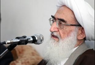 Photo of Ayatollah Nouri-Hamadani stresses leading role of clerics