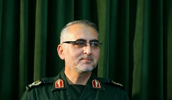 Photo of IRGC Commander Warns ISIL Not to Even Think of Getting Close to Iran's Borders