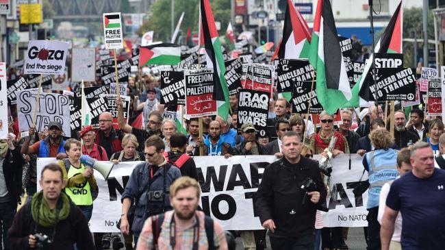 377685_NATO-protest