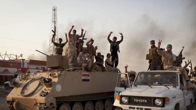 377969_Iraqi-soldiers