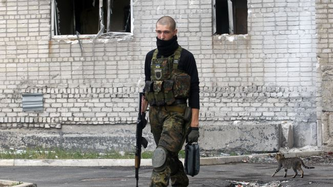 378198_Ukraine-Serviceman-Donetsk