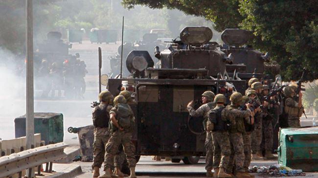 378275_Lebanon-soldiers