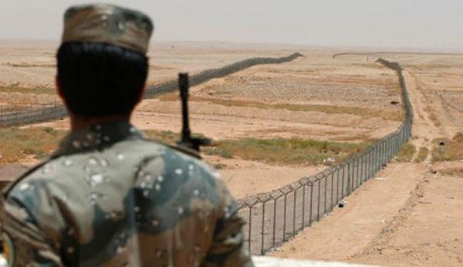 Saudi regime erects security fence on Iraq border