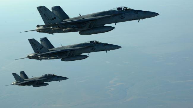 380798_F-18E