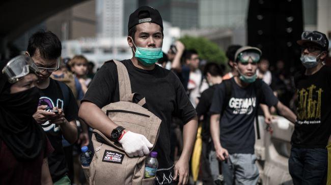 380984_Hong-Kong-protesters