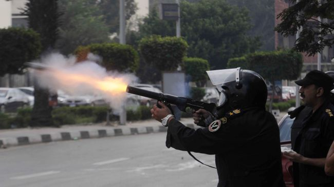 Photo of Egypt police use teargas against anti-government protesters