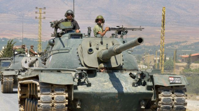381615_Lebanese-soldiers
