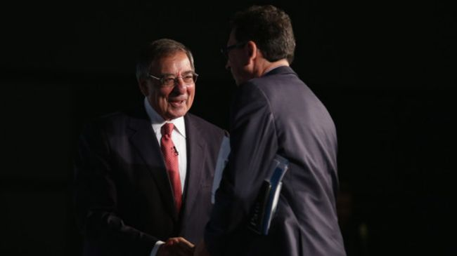 Photo of Panetta scaremongering to distract and sell his new book: Analyst