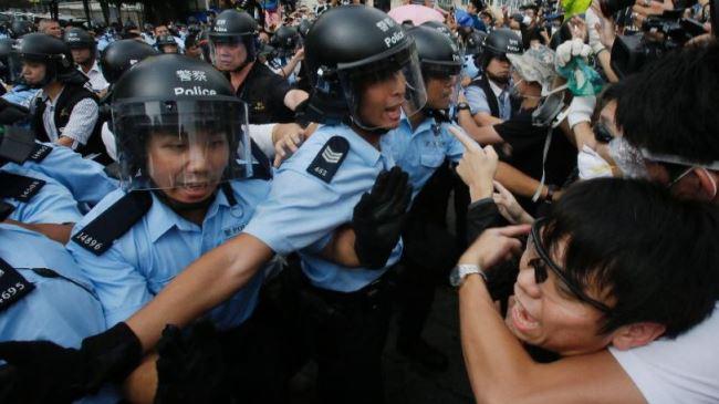 382458_Hong-Kong--protests