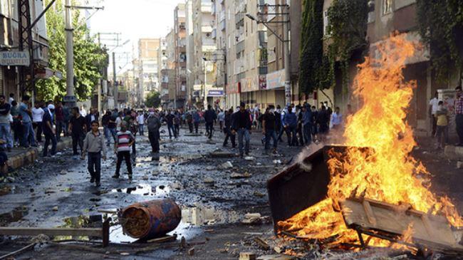 382576_Turkey-Protest-Kobani