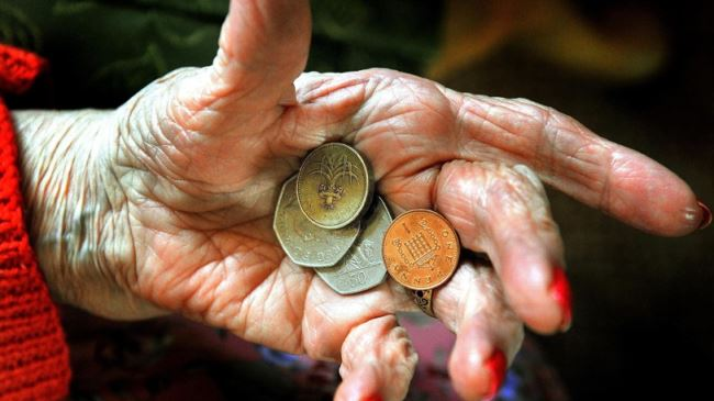 382595_UK-pensioners-poverty