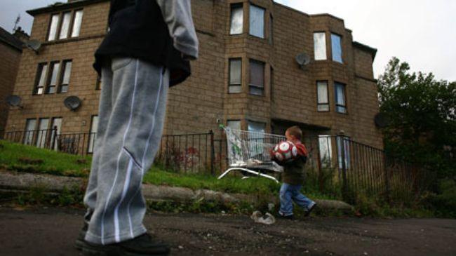 382945_UK-poverty