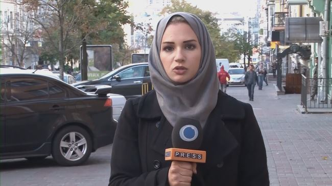 382982_Press TV-correspondent-Serena Shim