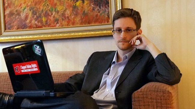 383314_Edward-Snowden