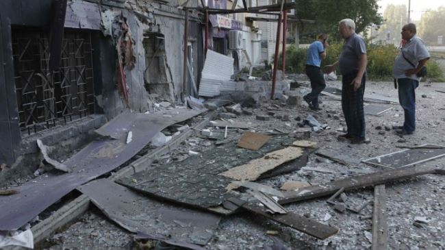Photo of Heavy shelling erupts near Ukraine's Donetsk