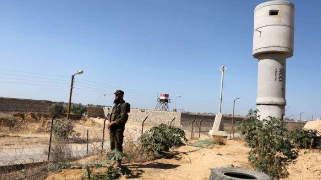 Photo of Killer Israeli loyal puppet Egyptin Govern. plans to set up buffer zone along Gaza border