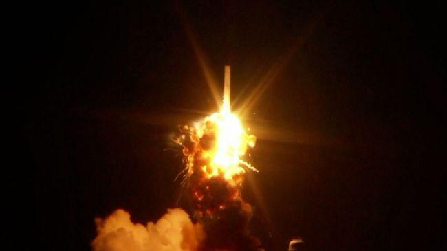 384058_NASA-rocket