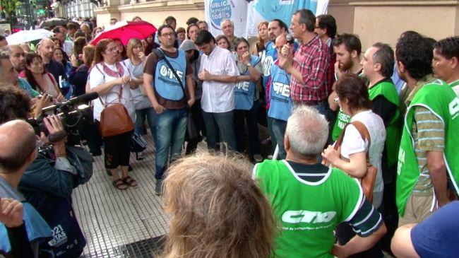 384088_argentina-protest