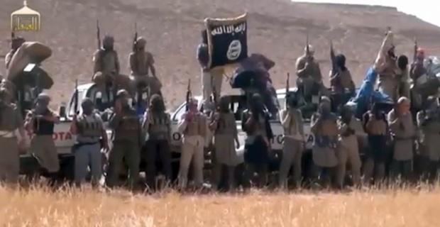Photo of US-israel,Turkey backed ISIL Terrorists Using Chemical Weapons in Kobani