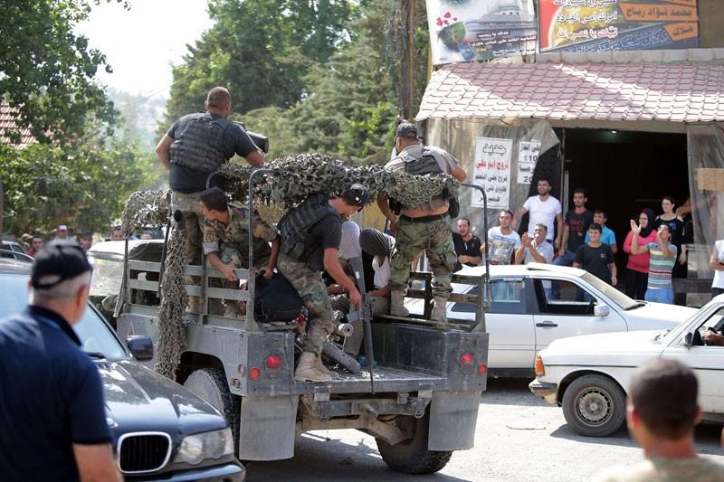 Hezbollah fighters repel Takfiri militants, kill scores