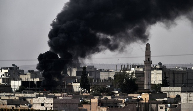 ISIS Seize Kurdish HQ in Syria's Kobane, Massacre Feared