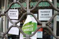 Photo of France pharmacies join protests at government reform plan