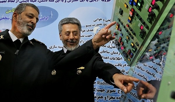 Photo of Iranian Navy Commander Underlines Damavand Destroyer's Superiority over Jamaran