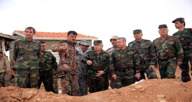 Photo of Chief of Staff visits units at Shaer Mountain in Homs