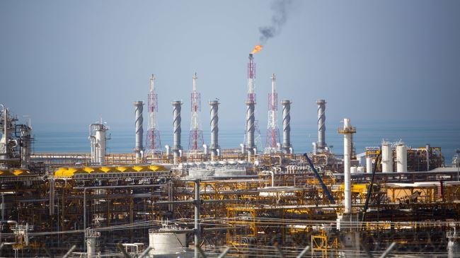384743_Iran-gas