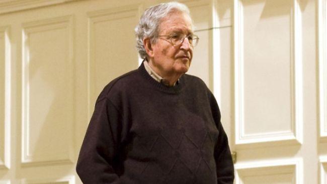 384827_Noam-Chomsky