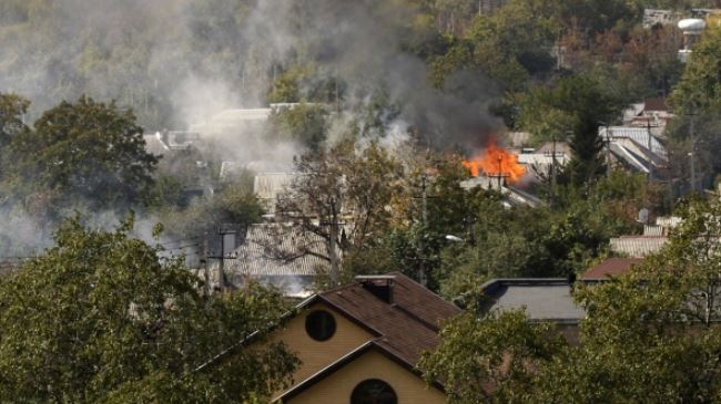385723_Ukraine-Donetsk-shelling