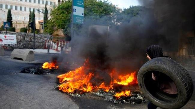 386418_Beirut-protest (1)